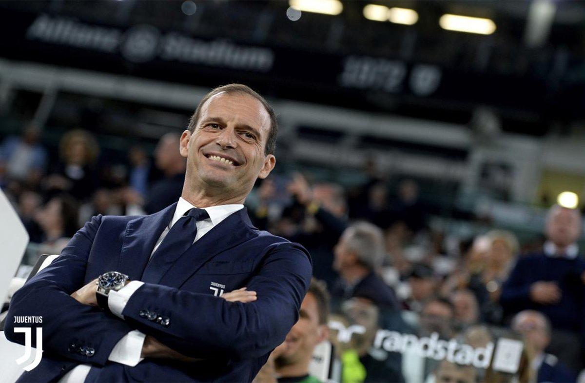 Allegri sorride soddisfatto per la vittoria sul Bologna