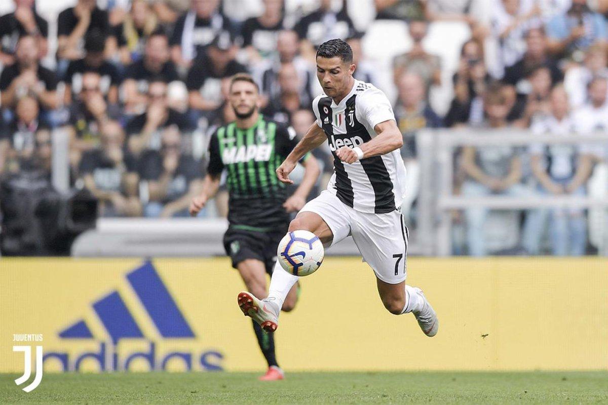 Ronaldo porta palla contro il Sassuolo