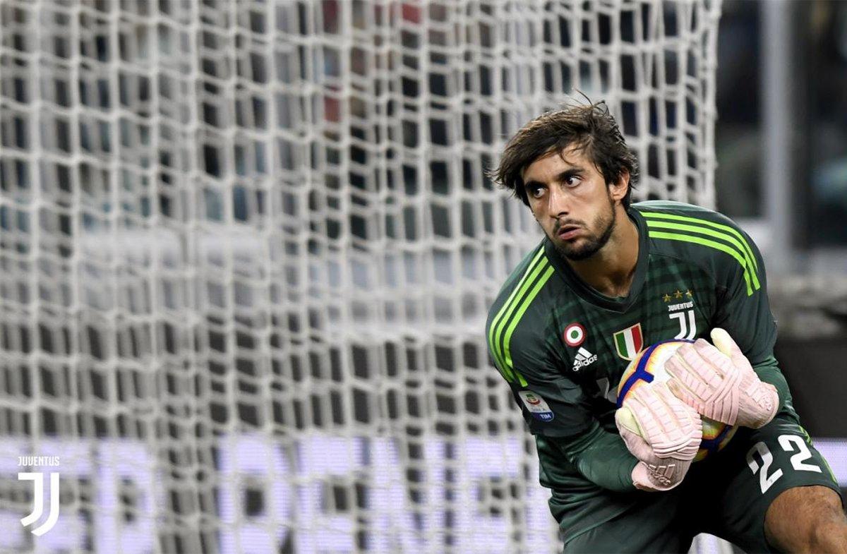 Perin para un tiro poco insidioso, per lui contro il Bologna è l'esordio stagionale